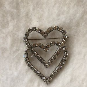 Vintage crystal/glass heart pin
